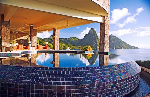 jade mountain inifinity pool1 Jade Mountain Honeymoons, St. Lucia