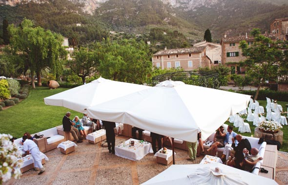 16 destination wedding location in spain1 Destination Wedding in Majorca, Spain