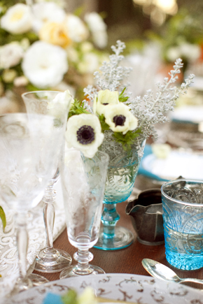 blue glass wedding centerpieces1 Destination Photo Shoot: Vintage Wedding
