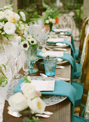 blue wedding details1 Destination Photo Shoot: Vintage Wedding