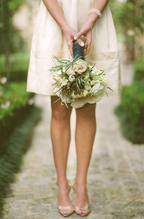 organic bridal bouquet 2 Destination Photo Shoot: Vintage Wedding