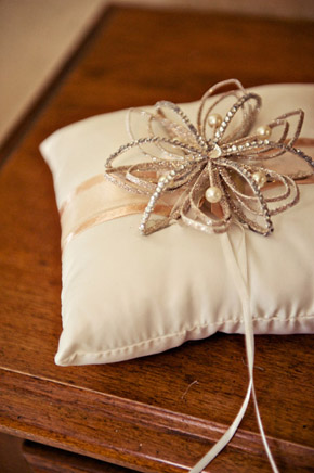 vintage wedding ring pillows