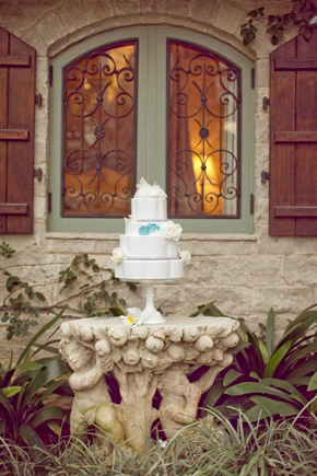 white and teal wedding cake Destination Photo Shoot: Vintage Wedding