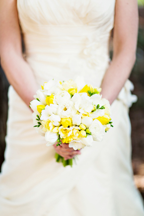 yellow bridal bouquet St. Helena Destination Wedding