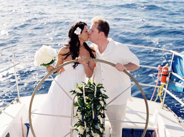 cruise weddings Maui, Hawaii Destination Wedding on a Boat