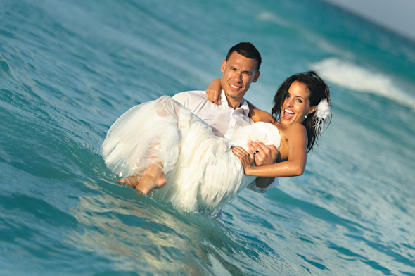 destination wedding trash the dress