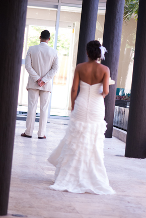 first look photos Destiation Wedding in Puerto Morelos, Mexico