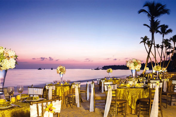 Dreams Palm Beach Destination Wedding Love at First Site Weddings
