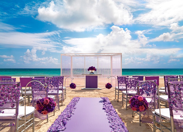 Love at first site weddings the destination wedding blog jet palace resort wedding reception junglespirit