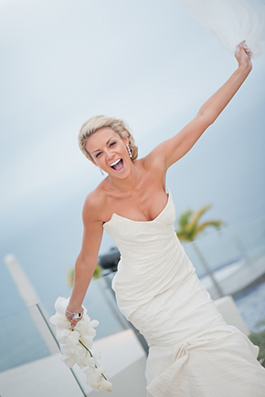 destination wedding dresses1 Cabo San Lucas Villa Destination Wedding