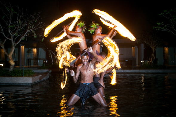 fiji wedding fire dancers