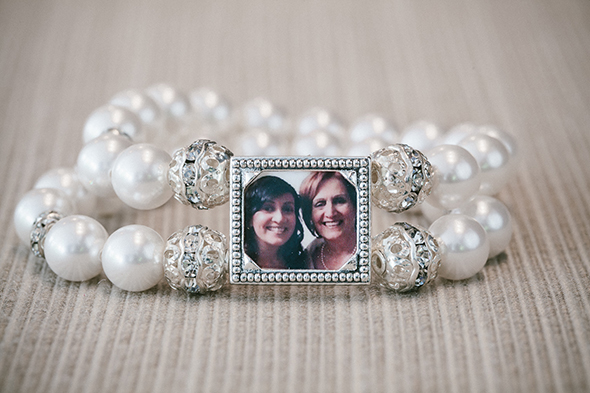 mother of the bride wedding gifts