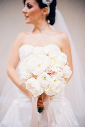 white bridal bouquet Destination Wedding in Guadalajara, Mexico
