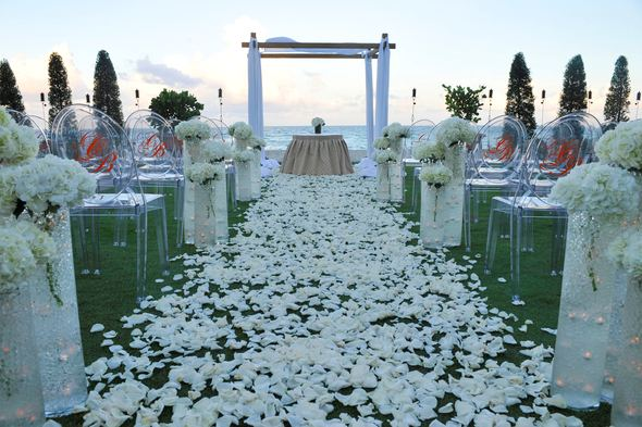 weddings at acqualina resort. Acqualina Resort and Spa