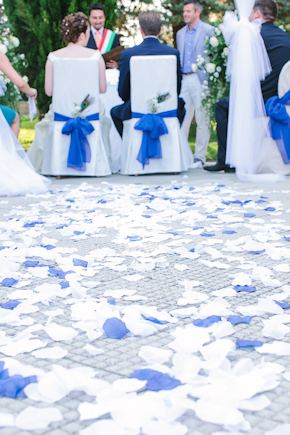 white and blue weddings