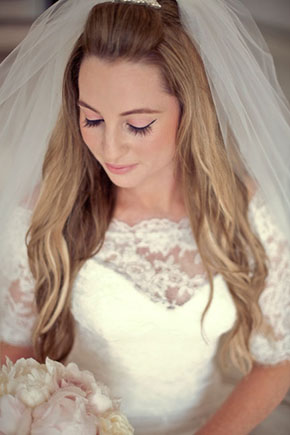 Bridal Makeup For Destination Wedding : A Vintage Chic Destination Wedding in New Zealand