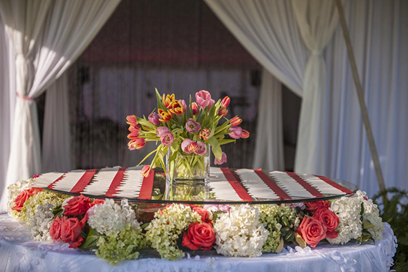 floral place card table