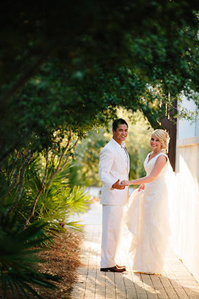 florida destination weddings A Modern Rosemary Beach, Florida Destination Wedding