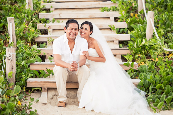 mexico destination wedding1 A Colorful Destination Wedding in Los Cabos, Mexico