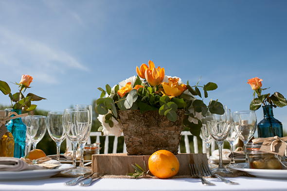 orange wedding1 A Colorful Destination Wedding in Malaga, Spain