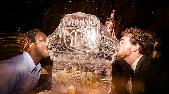 winter wedding ice sculptures