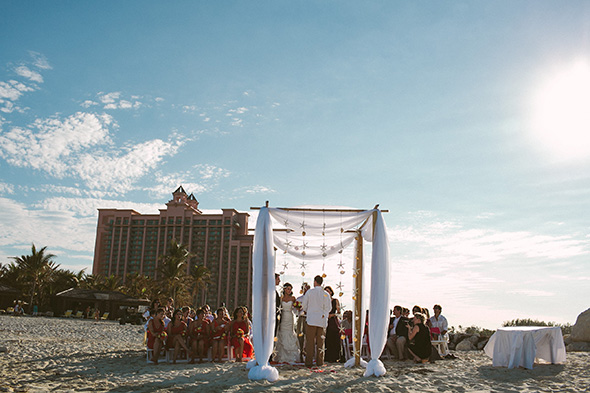 weddings at atlantis A Brightly Colored Beach Wedding in the Bahamas