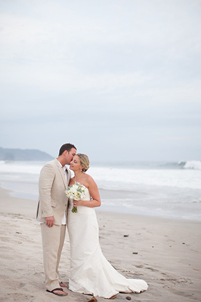 beach weddings costa rica1 Chevron Inspired Beach Wedding in Costa Rica