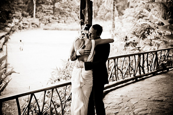 beautiful day photography 1 Tropical Songs for your First Dance