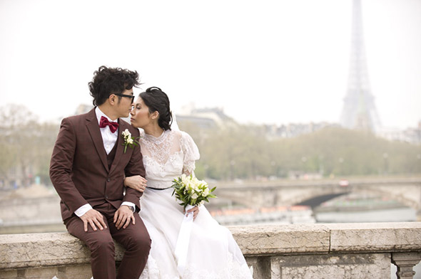 destination weddings in france An Intimate Elopement in Paris, France