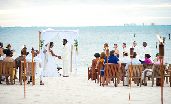 Beautiful Beach Wedding on Isla Mujeres, Mexico - The Destination ...