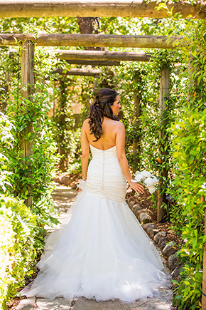 destination wedding dress An Intimate Destination Wedding at Kenwood Inn and Spa in Sonoma