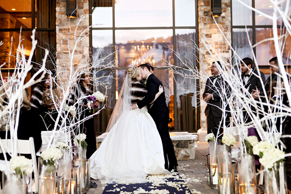 snowy weddings A Winter Wonderland Wedding in Park City, Utah