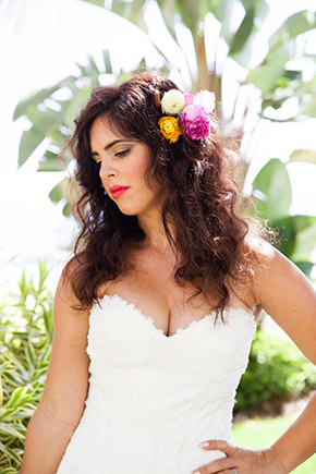 tropical bridal hair