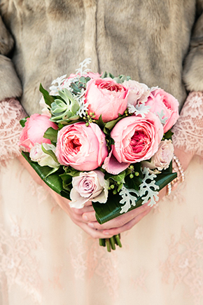 pink bridal bouquet Vintage Wedding Details in Tuscany