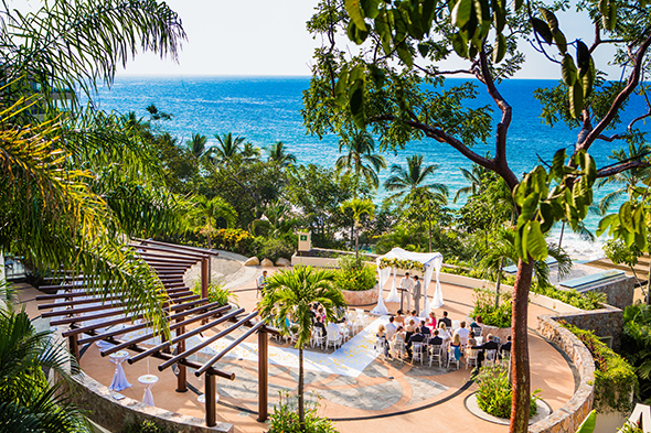 Puerto Vallarta wedding locations A Cheerful Beachside Wedding in Puerto Vallarta, Mexico