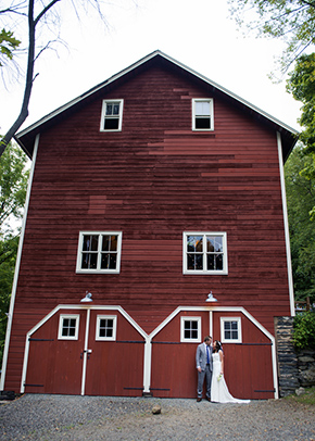 barn wedding ideas A Rustic Outdoor I Do in High Falls, New York