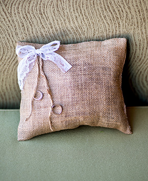 burlap ring pillow1 An Off the Strip Las Vegas Wedding