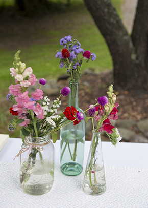 rustic wedding flowers1 A Rustic Outdoor I Do in High Falls, New York
