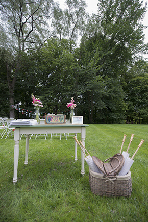 vintage wedding1 A Rustic Outdoor I Do in High Falls, New York
