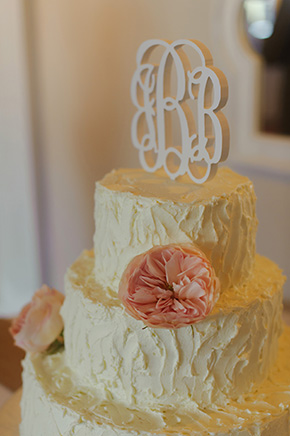 rustic wedding cake A Burlap Inspired Destination Wedding in Florida