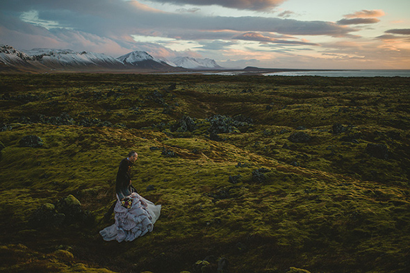 wedding in iceland A Destination Elopement in Iceland!