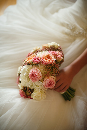 blush bridal bouquets