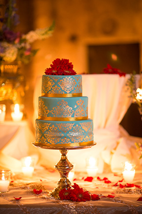 destination wedding cakes A Jewish + Hindu Destination Wedding in Antigua, Guatemala