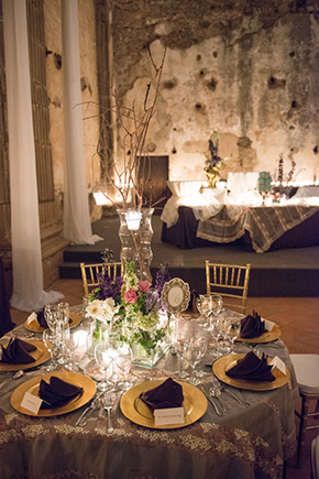 destination wedding tables A Jewish + Hindu Destination Wedding in Antigua, Guatemala