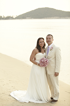 beach wedding locations thailand