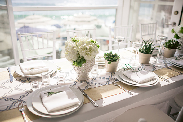 beach wedding2 Modern Beach Wedding Ideas at the Pacific Edge Hotel