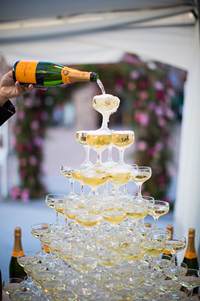 champagne tower wedding