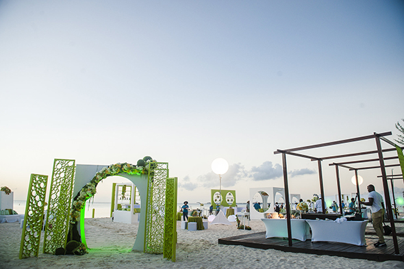 ritz carlton grand cayman weddings