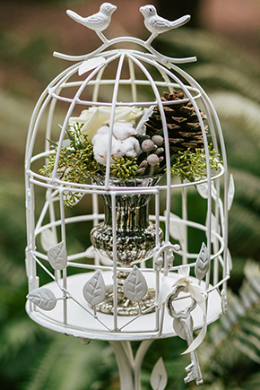 birdcage wedding details