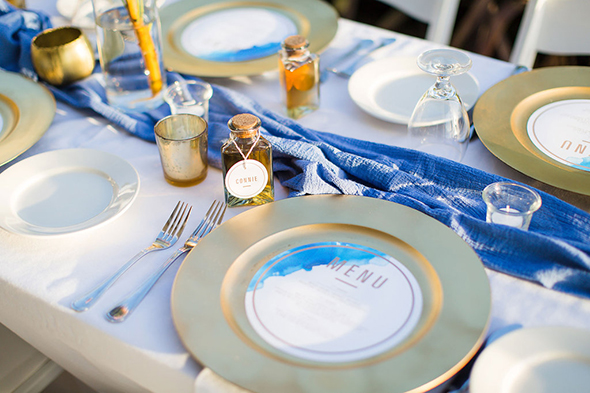 blue and gold weddings